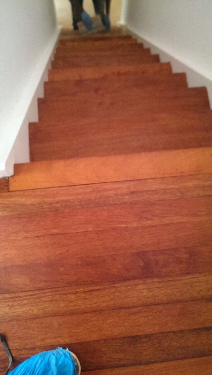 wooden-stairs-sanding-after