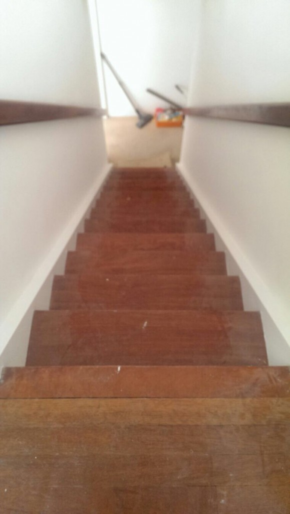 wooden-stairs-sanding-before